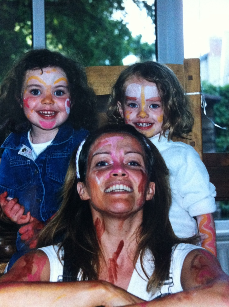 Young Meg & Amy with Mam