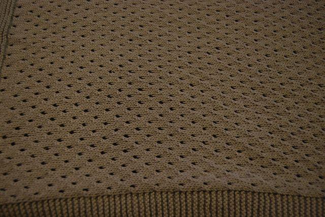 Ravelry: elise03's PT 8351 Eyelet Baby Blanket