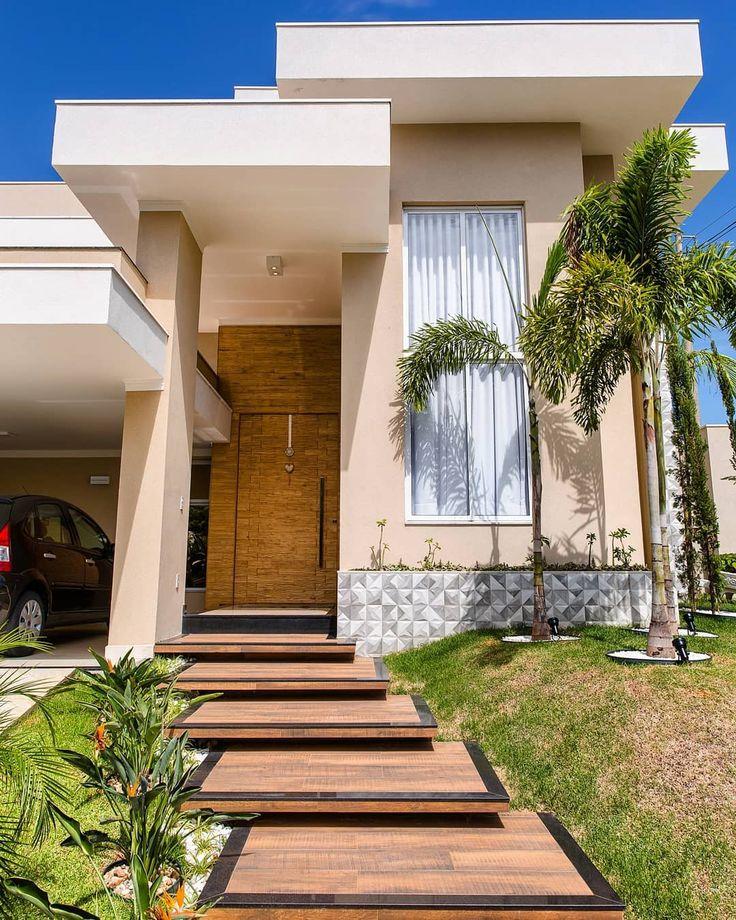 House Stairs, Facade House, House Front Design, Modern House Design, Home Building Design, Building A House, Exterior House Colors, Exterior Design, Modern House Facades