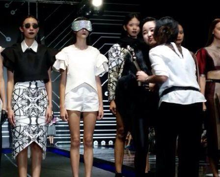 'Tangled in Triangles'  Design by Melody utomo Putri  [LPTB Susan Budihardjo Graduation Show 2014 - Ubiquitous Mod]