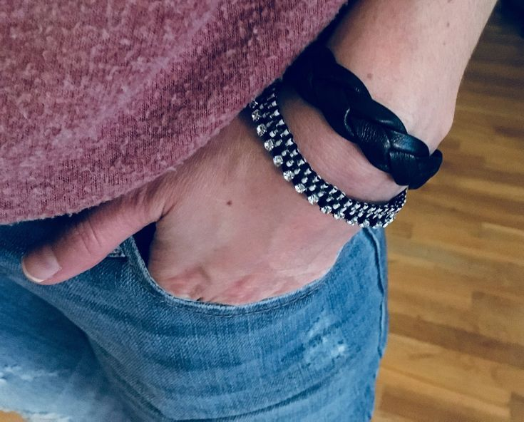 Black Faux Leather and beaded loom bracelet for women - Handmade in Montreal by SamsCharmz on Etsy