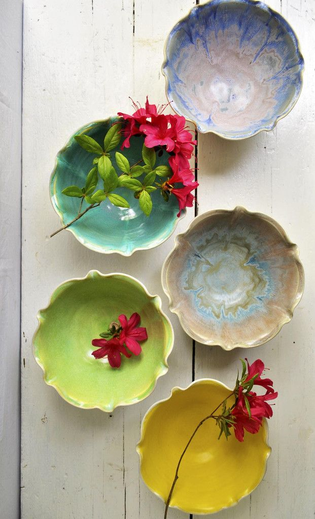 Minimalist flower bowl- 4 cup from Lee Wolfe Pottery