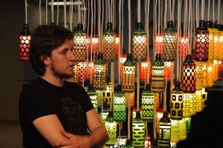 """Арт-объекты из пивных бутылок и банок на выставке под открытым небом """"АртЭко"""""""