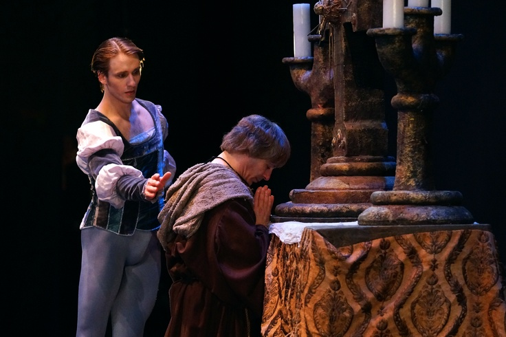 Contrast Benvolio and Tybalt in Romeo and Juliet ... - eNotes