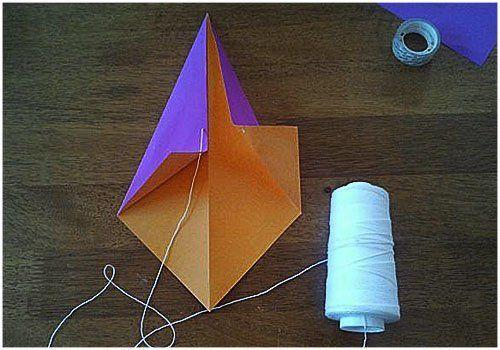 Как сделать воздушного змея из бумаги рисунок 4
