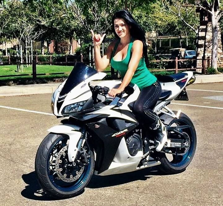 Free Wallpapers Cars And Beautiful Ladies Pin By Stan Zag On Girl S Amp Bike S Motorcycle Biker