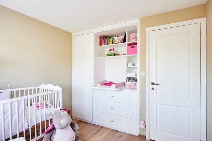 Une belle chambre pour votre bébé, sur mesure, réalisée par Camber