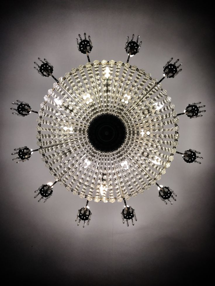 Chandelier |interior design | bedroom design inspiration | design inspiration | bedroom design | York | city breaks uk | weekend break destination UK | Hotels in York| York hotels | York City Centre | luxury hotels York |