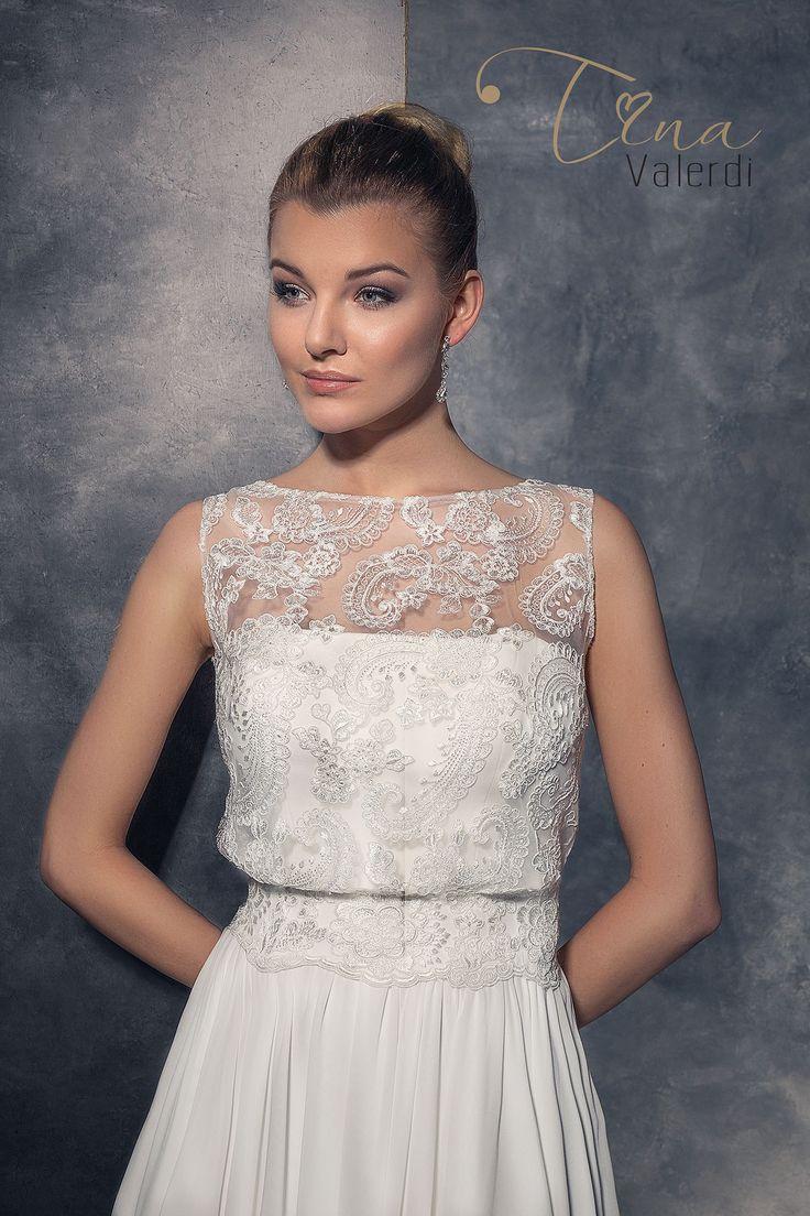 Jednoduché svadobné šaty s padavou sukňou a možnosťou pridať čipkovaným vršok