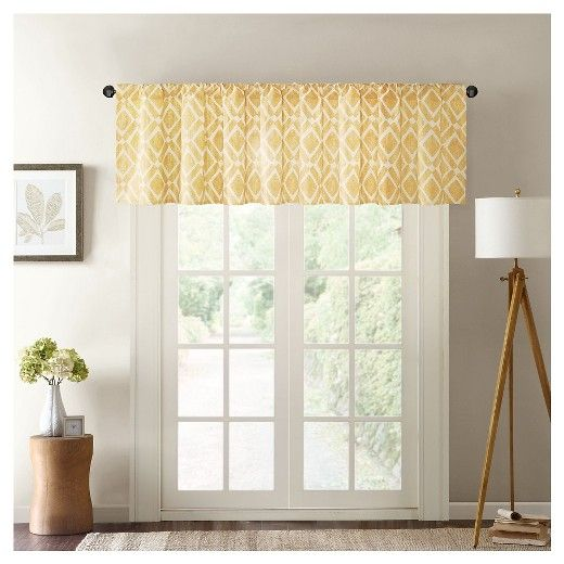 "• 65% polyester/35% cotton construction<br>• Contemporary diamond pattern<br>• Accommodates a 1.25"" pole<br>• 50Wx18L""<br>• Machine washable for easy care<br><br>Give any window a finished look with the Natalie Printed Diamond Window Valance. A geometric pattern and beautiful gathers make this valance the perfect decorative touch."