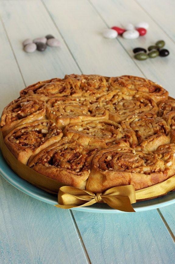 Cinco Quartos de Laranja: Folar de maçã e votos de uma Páscoa Feliz