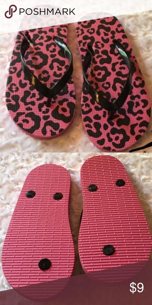 2/$12 KIDS PINK /BLACK ANIMAL PRINT FLIP FLOPS Great style Shoes Sandals & Flip Flops