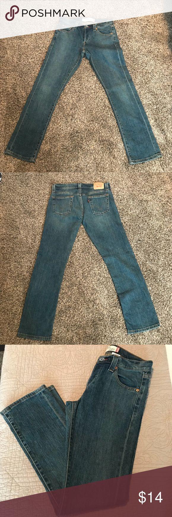 Levi's low slouch 508 cuff Sz 7m NWOT Levi's low slouch 508 cuff Sz 7m button up fly. NWOT Levi's Jeans Boot Cut