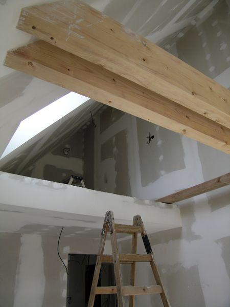 Nízkoenergetický dům - Větší sklon střechy vytvořil prostor pro patrové dětské pokoje
