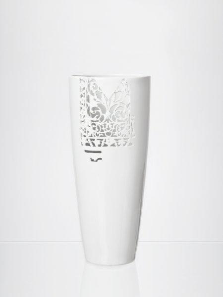 CARA MIA #2 by Daniel Pirsc / Studio Pirsc Porcelain