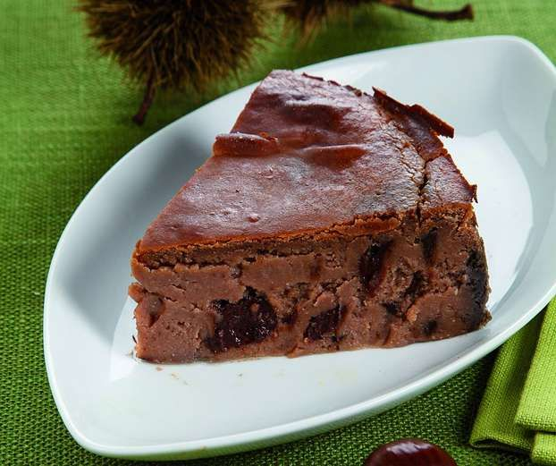 Ricetta per preparare la squisita torta di castagne con cioccolato, una ricetta di Daniele Persegani http://www.alice.tv/ricette-cucina/torte/torta-castagne-cioccolato