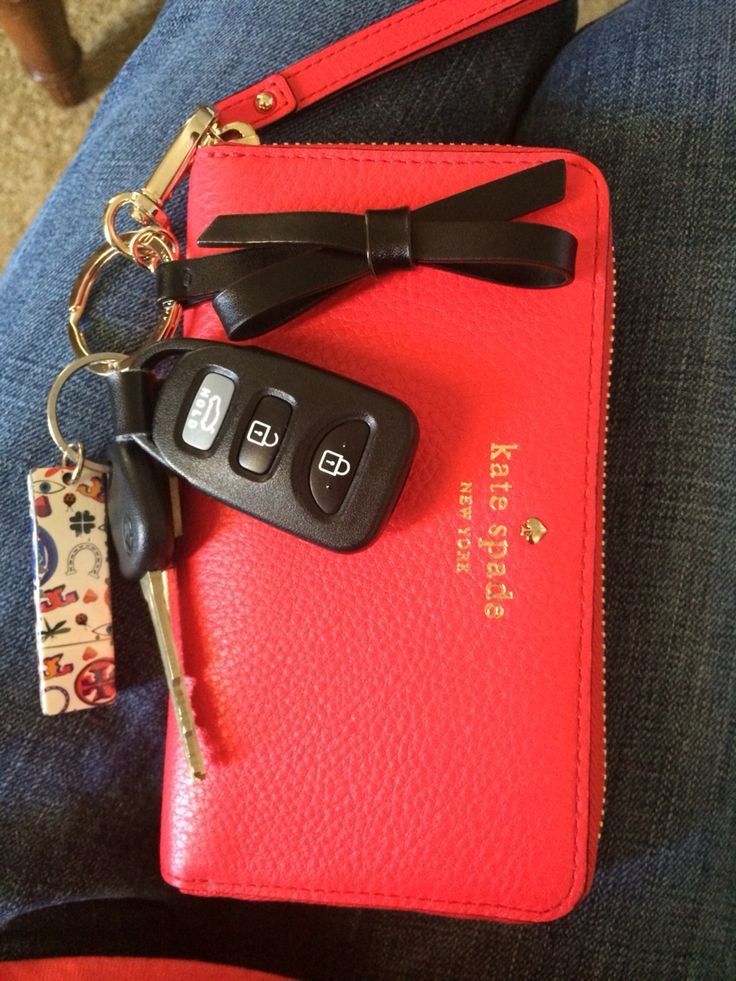 Kate Spade wallet & bow keychain w/ a Tory Burch flashdrive