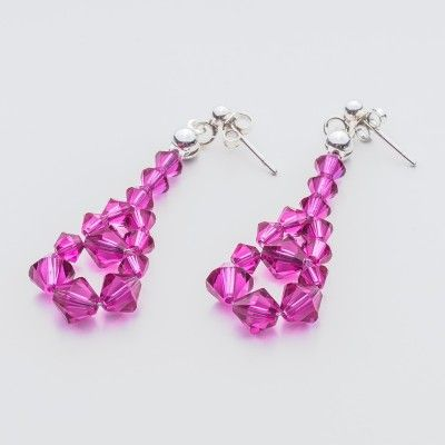 Swarovski Bicone Earrings 45mm Fuchsia  Dimensions: length: 4,5cm stone size: 4 and 6mm Weight ( silver) ~ 0,90g ( 1 pair ) Weight ( silver + stones) ~ 3,90g Metal : sterling silver ( AG-925) Stones: Swarovski Elements 5328 4 & 6mm Colour: Fuchsia 1 package = 1 pair  Price 7 EUR