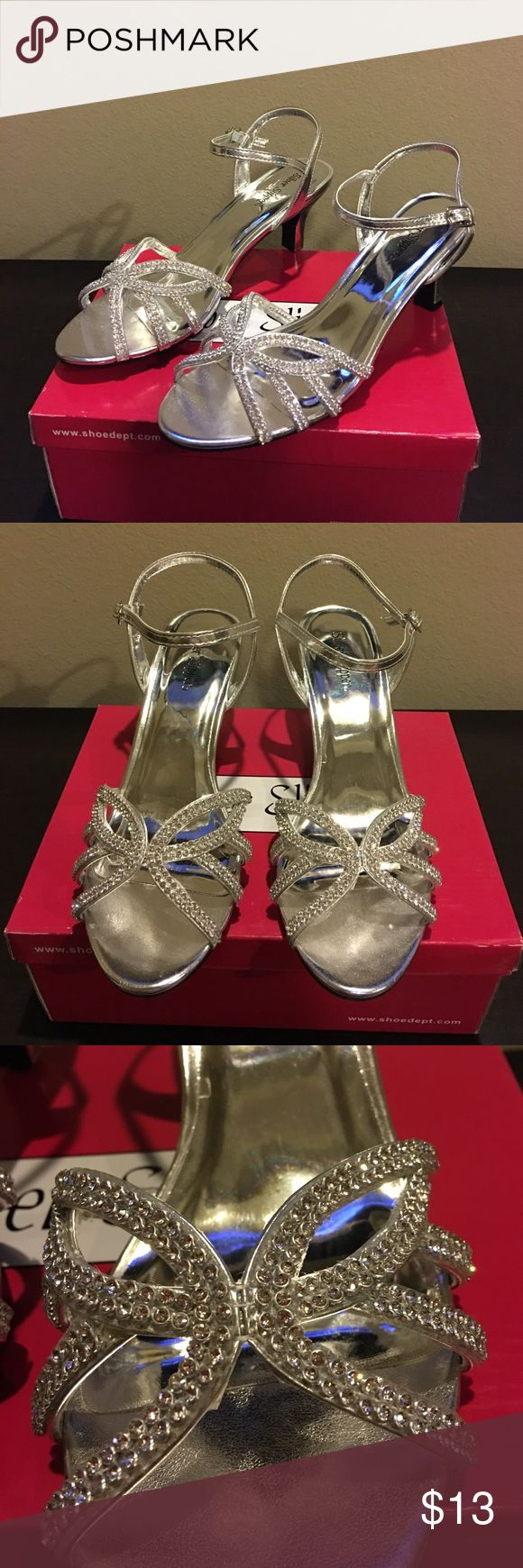New Silver Slipper silver sandals heels sz 10 New Silver Slipper silver sandals heels sz 10 brand new With defect (one heel cap needs replacing- 2 new heel caps included sold as is final price listed please no offers Silver Slipper  Shoes Heels