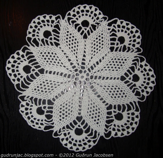 My first doily i about 27 years! No pattern, just looked at a picture of an old doily found at the thrift store.