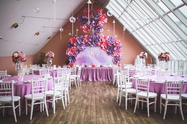 457 отметок «Нравится», 8 комментариев — Студия декора и флористики (@perlamutrstudio) в Instagram: «Акварельная свадьба Алёны и Сергея #perlamutrstudio #moscow #wedding #flowers #bouquet #bride…»