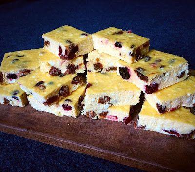 Egyszerű vaníliás krémtúró sütemény (cukormentes, gluténmentes, szénhidrátszegény) ~ Éhezésmentes Karcsúság Szafival