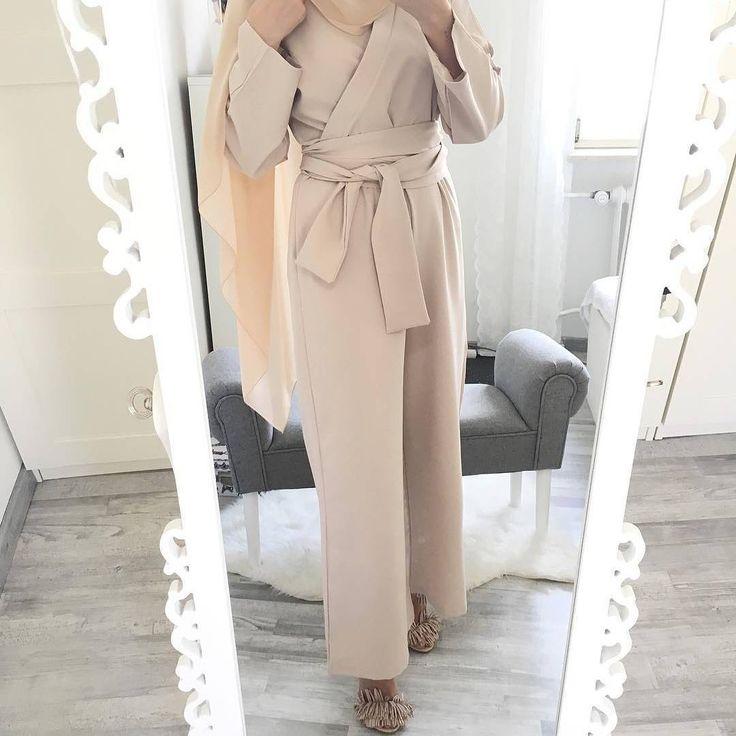 "6,002 Likes, 15 Comments - Hijab Fashion Inspiration (@hijab_fashioninspiration) on Instagram: ""@mixed.hijabi"""