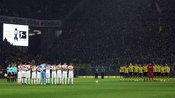 Schweigminute in Dortmund | Bildquelle: Ina Fassbender/dpa