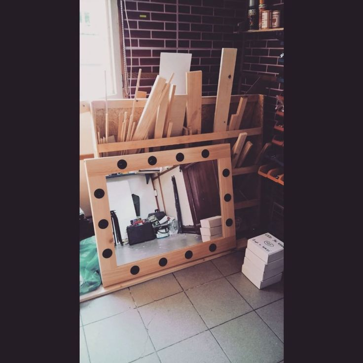 Raw pine wood frame. 60x80cm lighten make-up mirror.