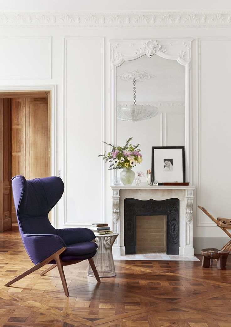 appartamento romantico a Parigi   la zona giorno accanto al camino