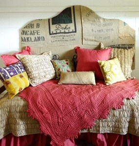 Patch-worked burlap headboard. So glad I found this because I LOVE burlap. Gives such great texture.