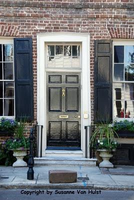 BlackBlack Charco, Black Doors Lov, Doors Inspiration, Black Us, Front Doors, Beautiful Doors, Black Beautiful, Colors Black, Classic Black