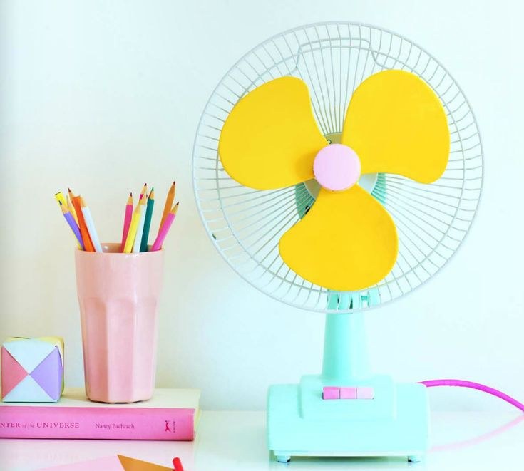 Liven up your work space - oh my goodness I'm going to paint ALL the fans in my house!!!