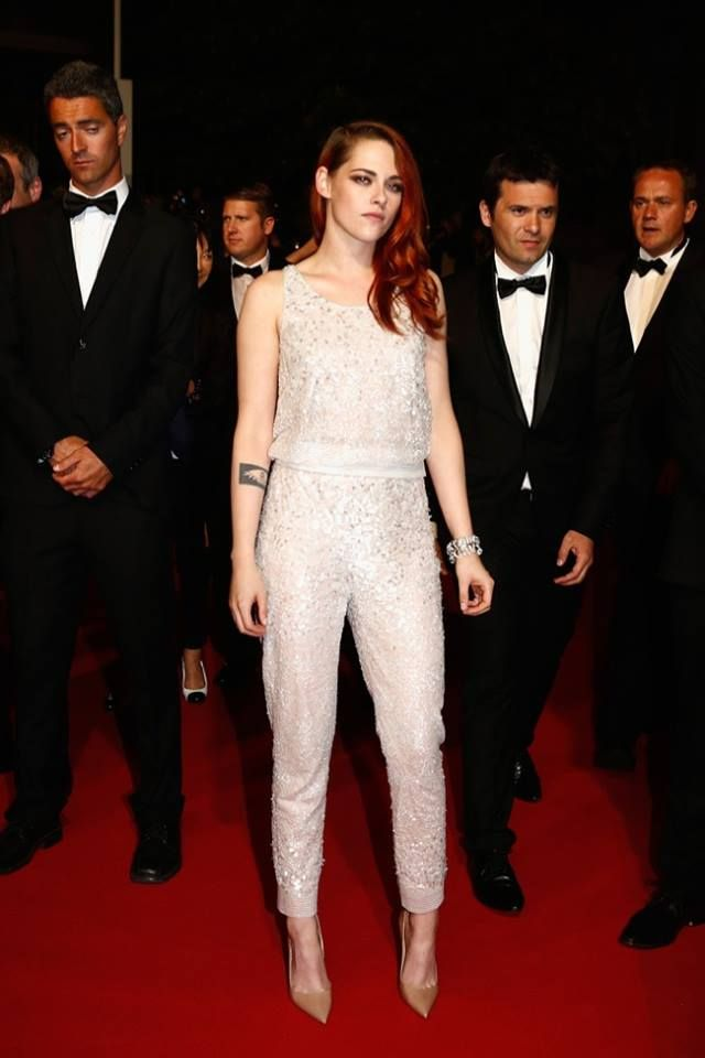 Kristen Stewart in Chanel. http://www.windmilloffashion.com/inspiration-of-the-day/#more-8714