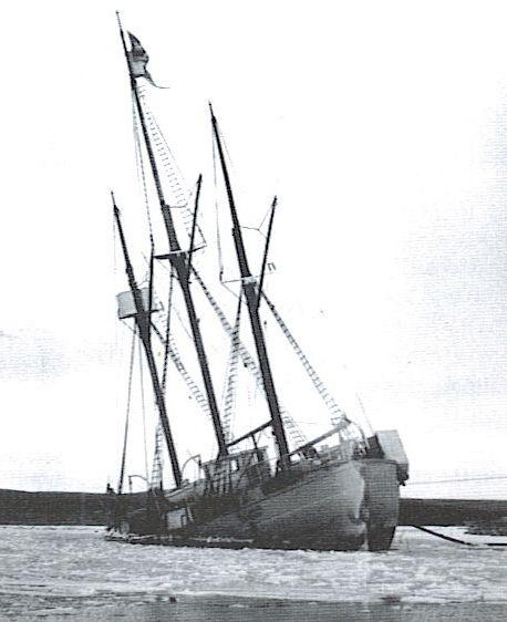 Baymaud / Maud - justo hundido Cambridge Bay