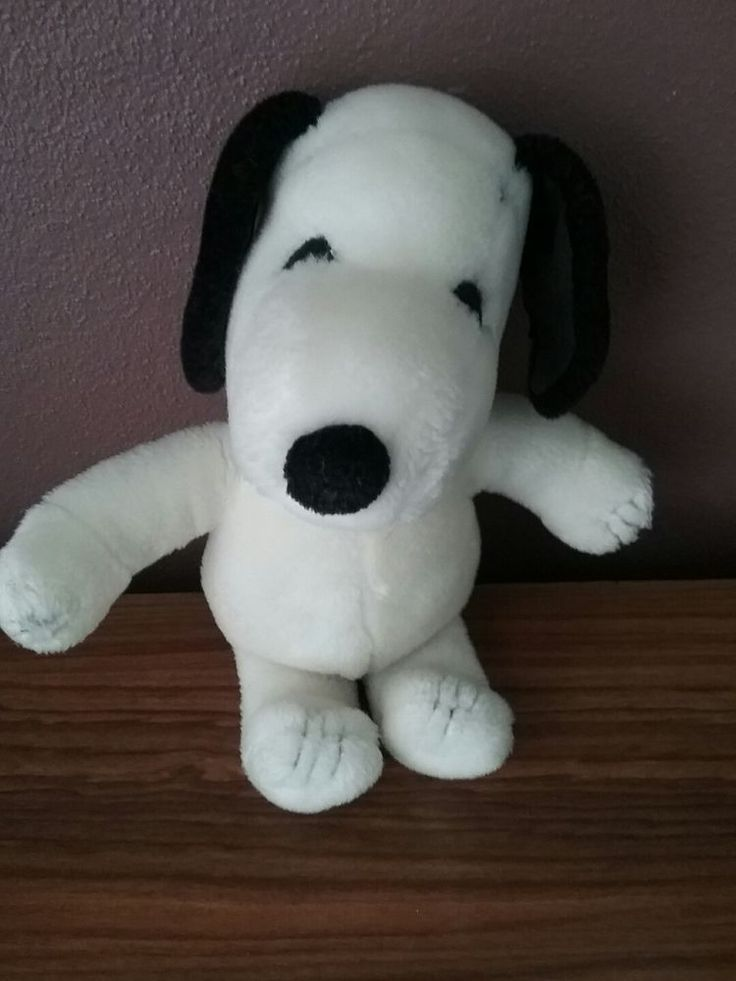Vintage 1960s Snoopy Stuffed Soft Toy Stitched Paws & Eyes
