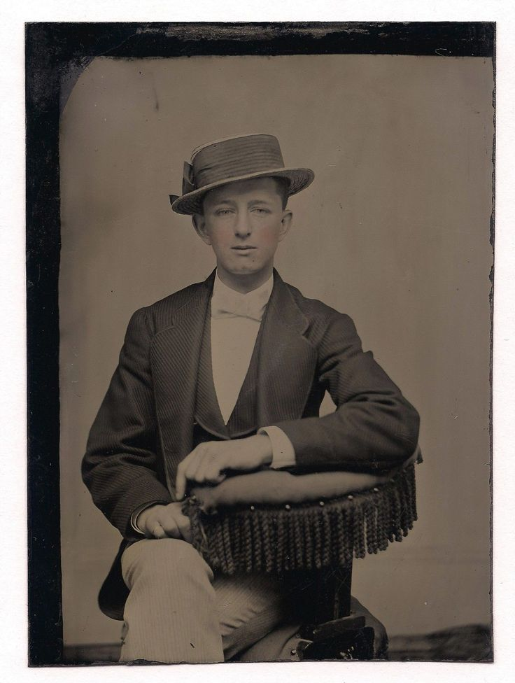 OLD VINTAGE TINTYPE PHOTO YOUNG GAY MAN POINTING TO SEXUAL PREFERENCE PINKY RING | eBay