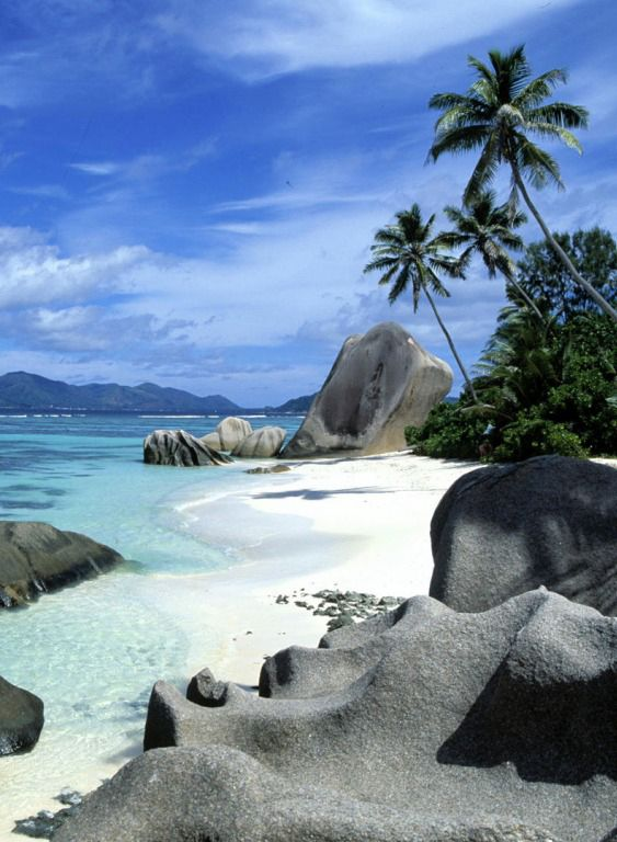 447 Best Beautiful Islands In The Middle Of Nowhere