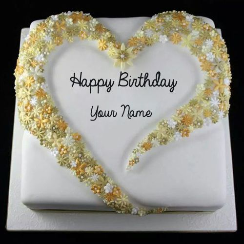 Write Name on Birthday Cake With Floral Decoration