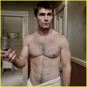 Sam Witwer: Pure eye candy. ;)
