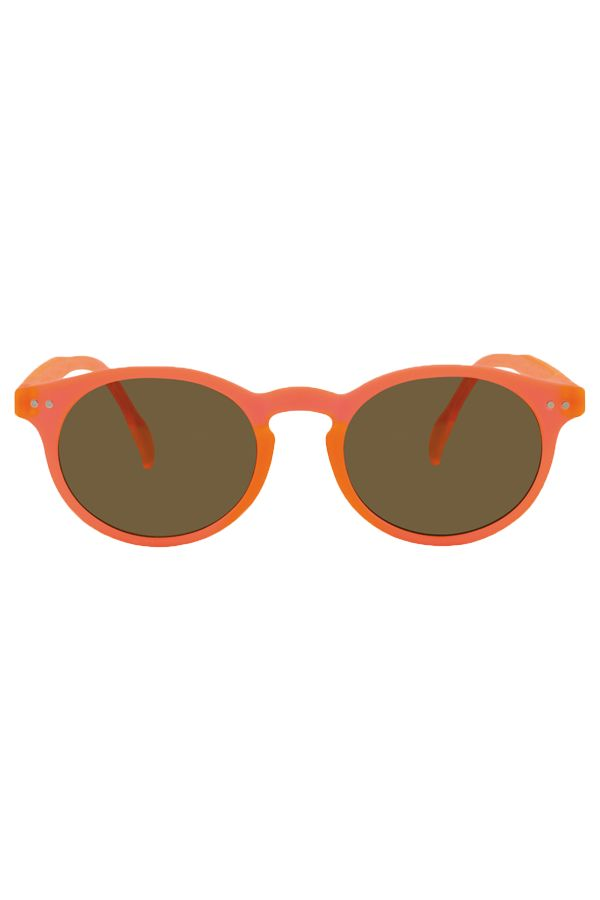 Lunettes solaires Tradition Orange fluo  #allyoureadislove #sunglasses #designers #fashiontrends #fashionstyle #design #protection #uv #ete #plage #summer #colors #mode #summeroutfit #fashioninspiration