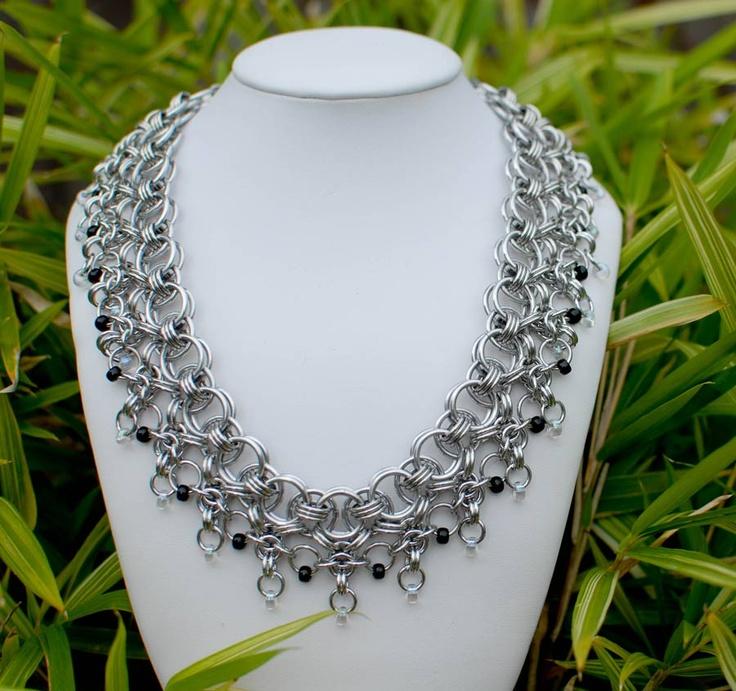 Beautiful collar necklace