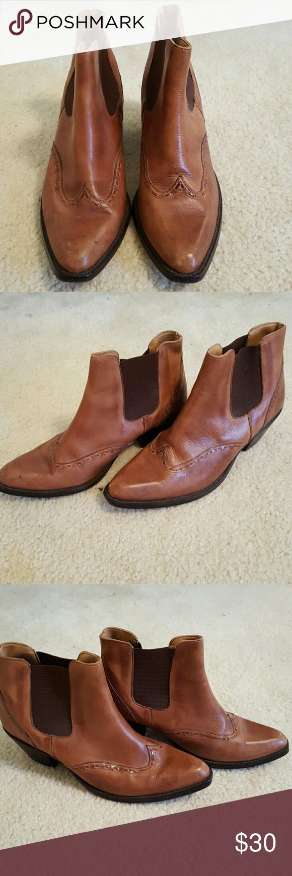 Durango booties Brown Durango booties with a heel, stretched at the ankle made with leather Durango Shoes Heeled Boots