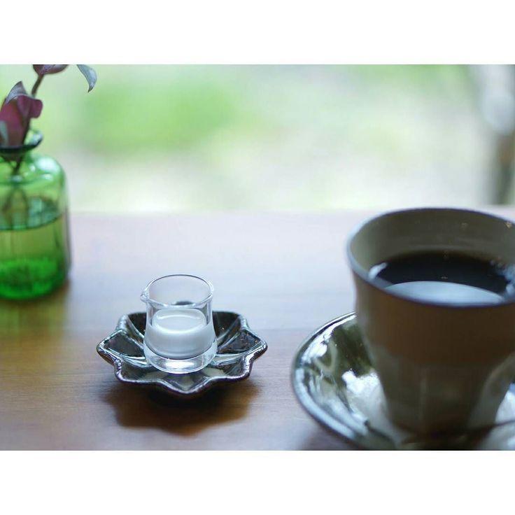 何やらいろいろ慌ただしい #ミルクピッチャー  の受け皿がかわいくて  2016.5.15  #coffeetime #with_delicious #ig_japan #coffee by machaco1107