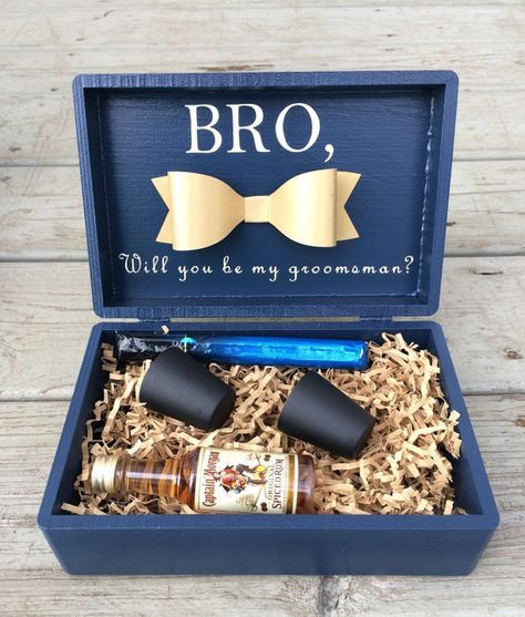 Choose Your Best Man Or Groomsmen In Style With This Custom Gift Box These Boxes