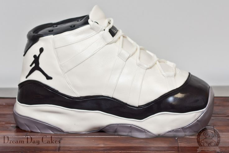 I really really appreciate this cake! Its a dream of mine to serve the sneaker head word and make cakes such as these..