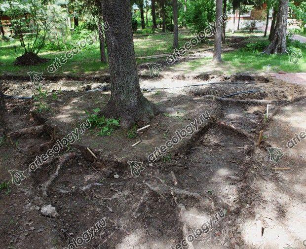 Навес и участок 2012 год. Здесь будет лежать только песок и известняк.