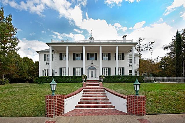 Belle Nora mansion