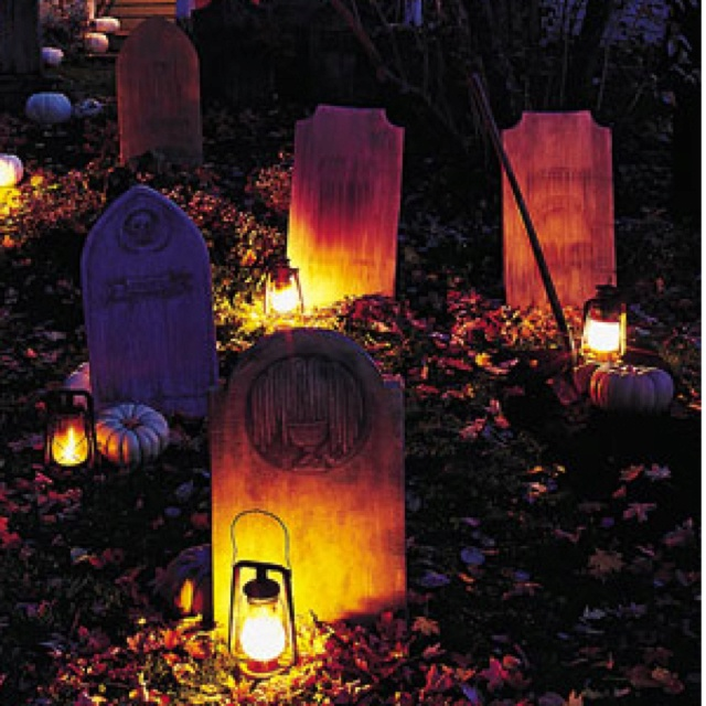 78+ images about Murder Mystery Dinner Theatre on  ~ 204817_Halloween Decorating Ideas Tombstones