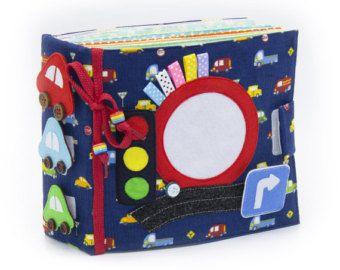 Ruhige aktive Buch hergestellt aus Tuch empfiehlt sich für Kinder ab 1 Jahr alt. Das Buch hat eine Tasche für die Lagerung und den Transport zu